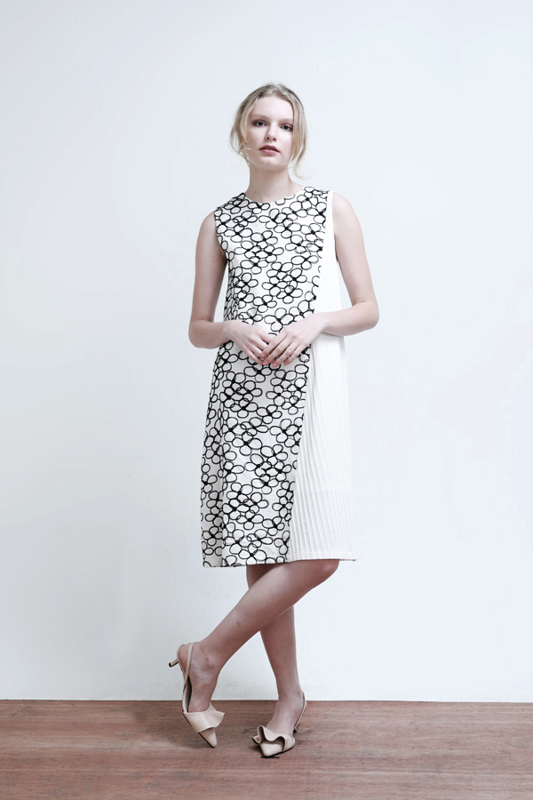 Katarina Flower Plisse Dress - 7